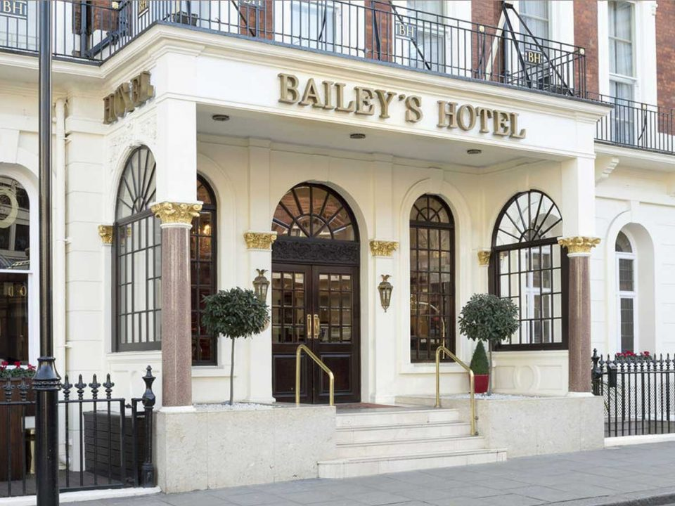 Bayleys hotell